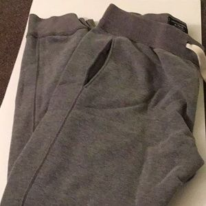 AmberCrombie & Fitch Joggers (size XS)